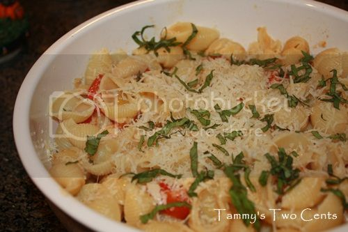 Barilla White Fiber Mini Shells with Cherry Tomatoes, Basil and Parmigiano Cheese